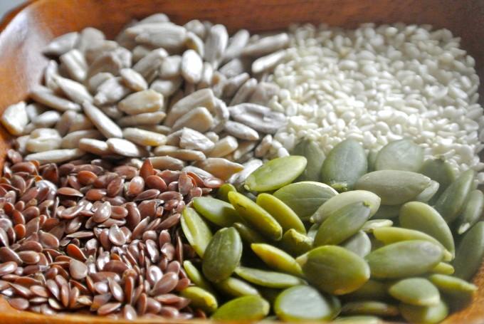 Seed cycling snack balls (gluten-free, dairy-free, vegan)